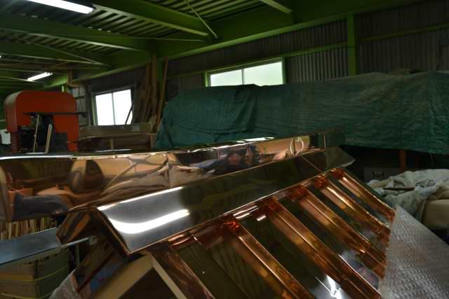 弁天宮の屋根銅板葺完成