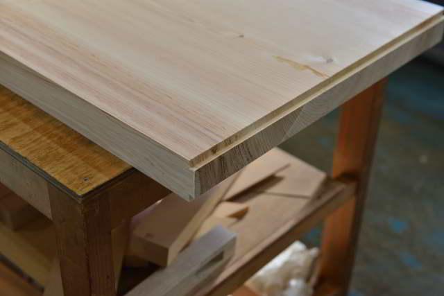 彫刻付棚板の製作