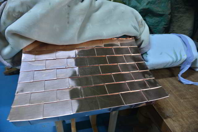 稲荷宮の銅板葺