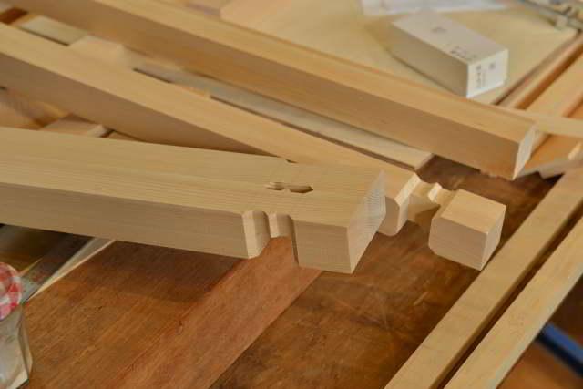 神明宮の高欄製作