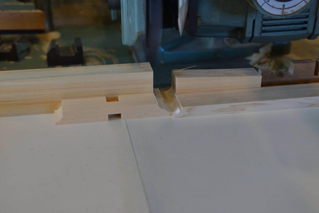 稲荷宮の枡組肘木製作