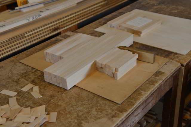 稲荷宮尺の垂木製作